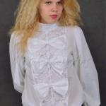 bluzka biała z kokardami